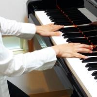 居心地の良いピアノ室