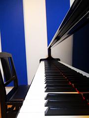 YAMAHA C3 グランドピアノ