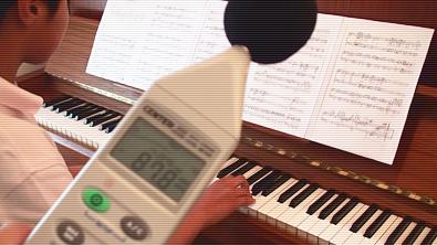 部活から帰宅後でもピアノ練習できる環境に